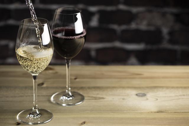 ワイン酒場 ま~る