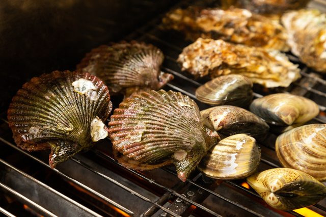 牡蠣以外の貝も楽しめる