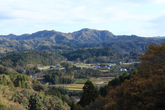 高宕山は千葉県君津市と冨津市の堺にある山
