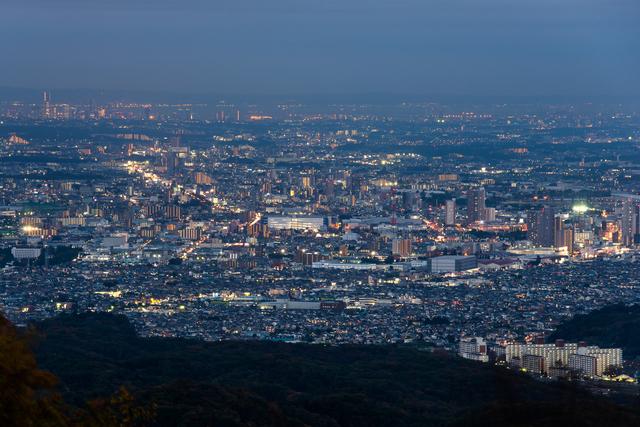 天体観測の人気スポットである高尾山