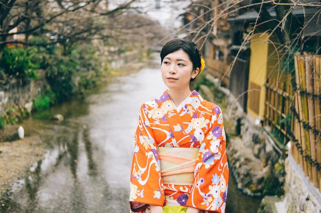 京都を観光するサークルに所属