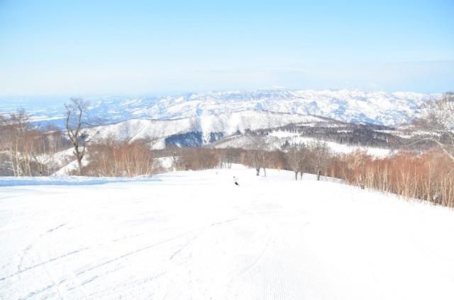 「野沢温泉村」という村にあるスキーリゾート
