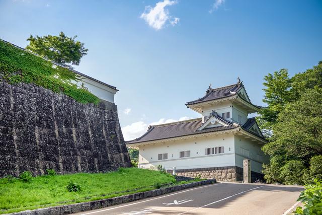 仙台城址は標高約130メートル、約2万坪の広さ