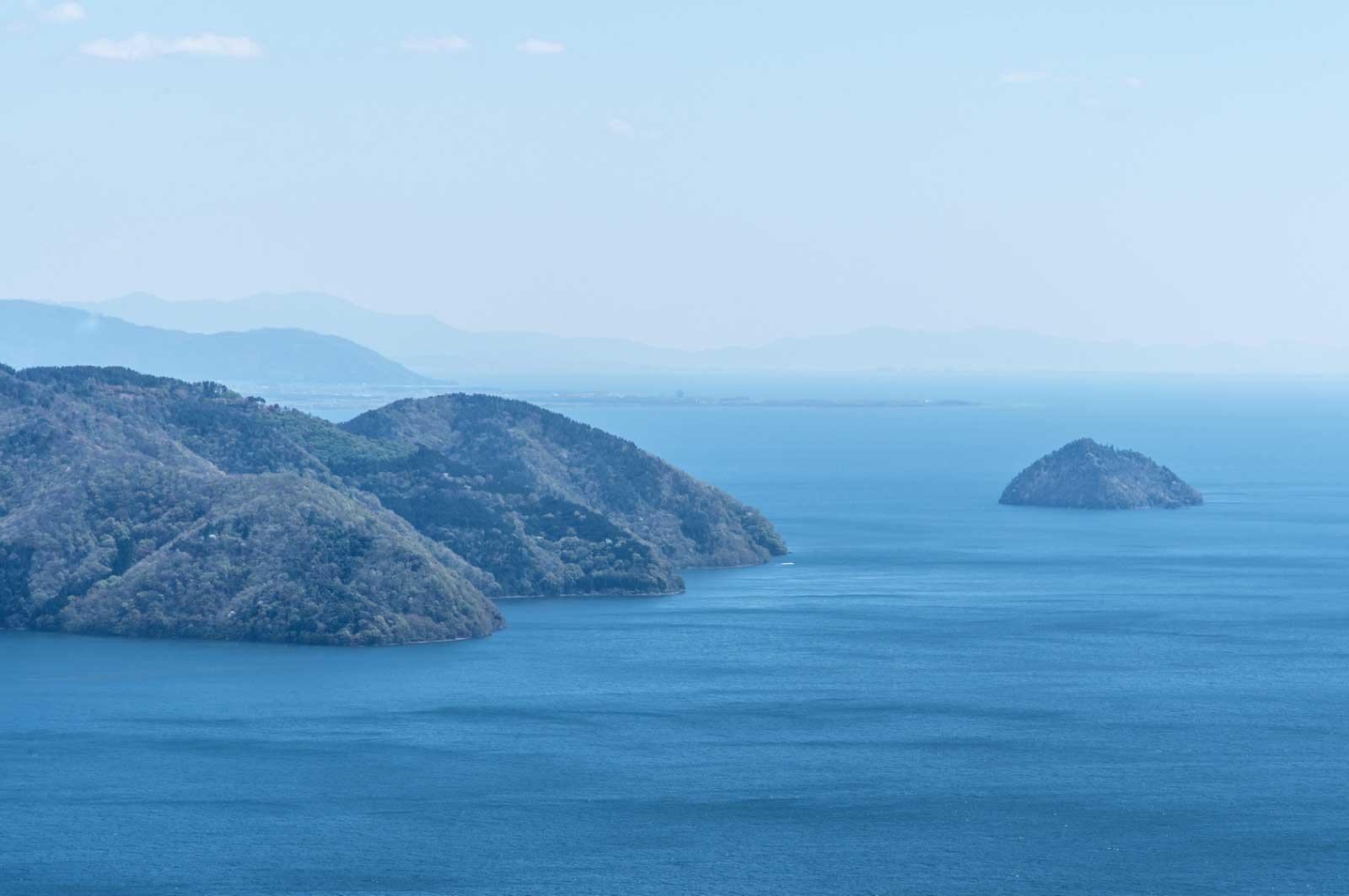 琵琶湖の島
