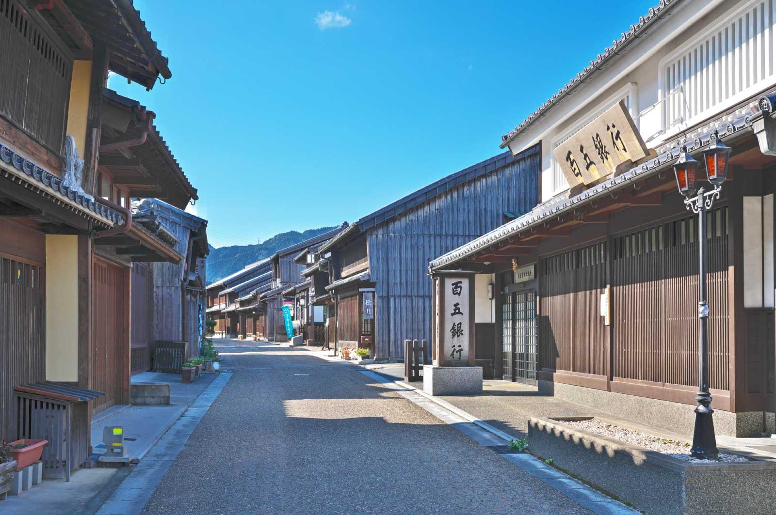 東海道には53次と呼ばれる53の宿場町が街道沿いに整備