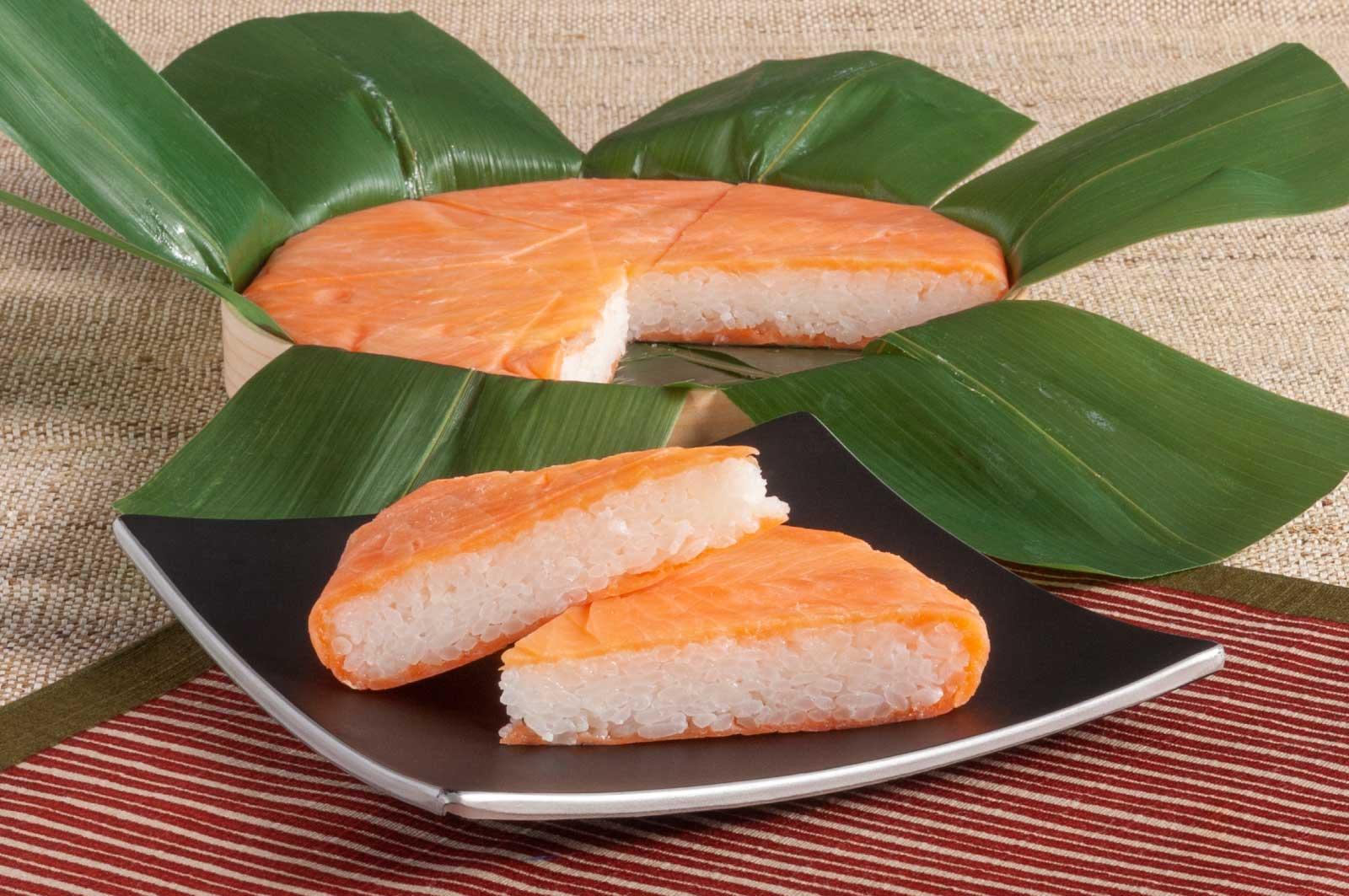 富山には、そんな昔ながらの製法でます寿司を作り続けるお店がいくつか