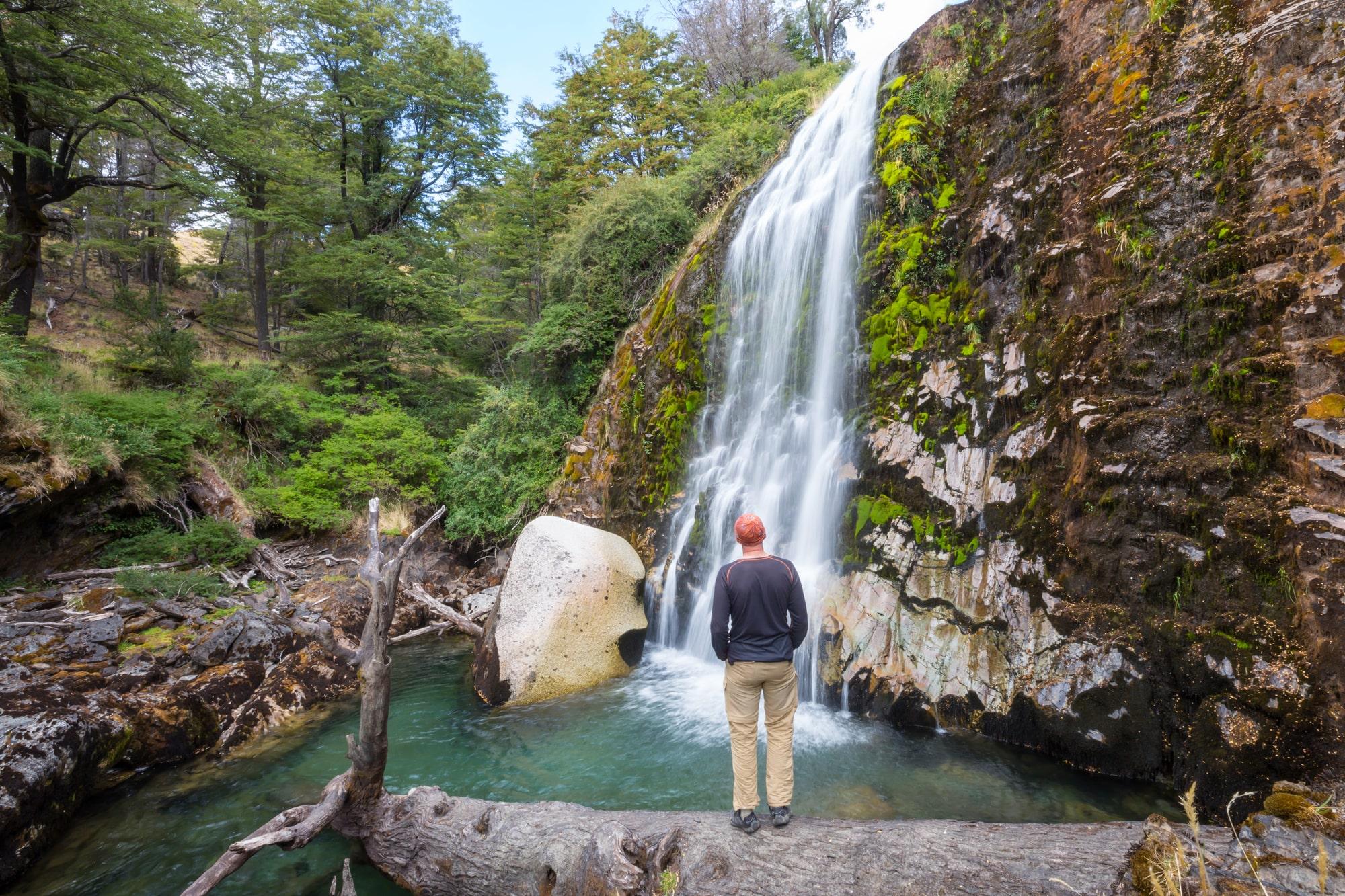 暇を見つけては滝を見に行っている