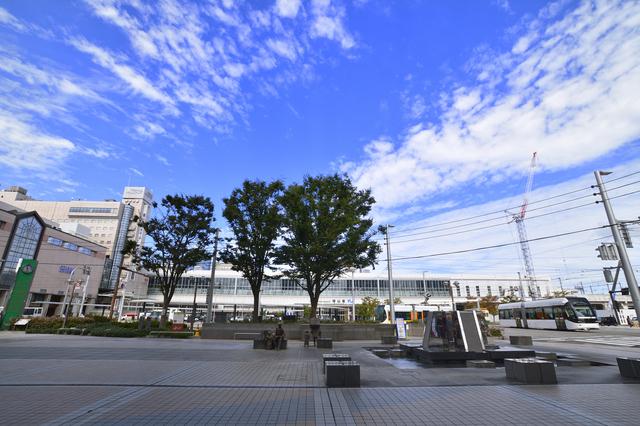 富山駅前広場