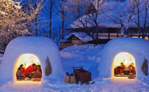 """雪で多くの""""かまくら""""が作られるイベント"""