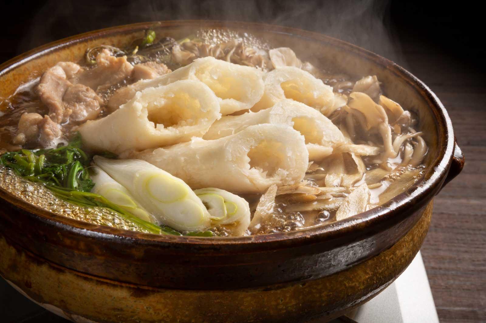 この季節だし「きりたんぽ鍋」とか食べたい