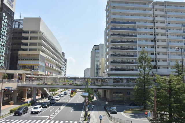 尼崎駅前の風景