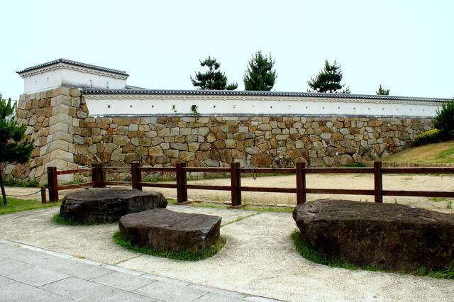 尼崎城・石垣の城壁