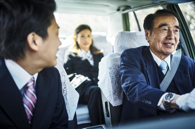 長年タクシーの運転手をしている
