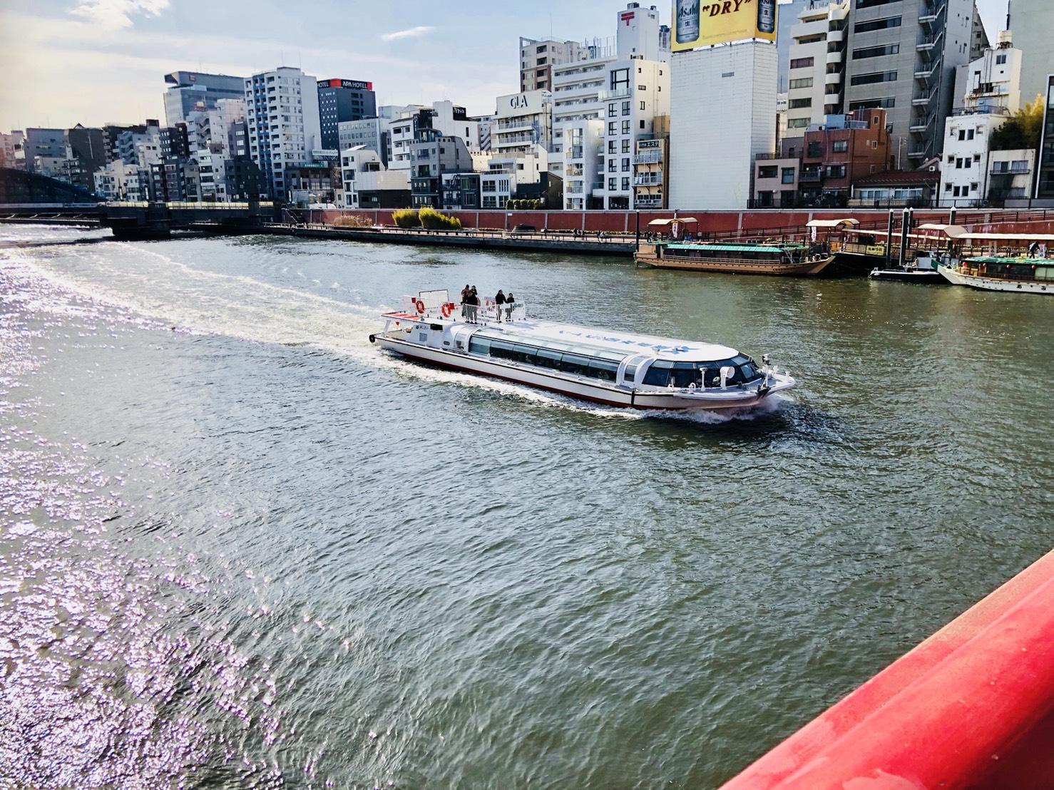 隅田川・遊覧船