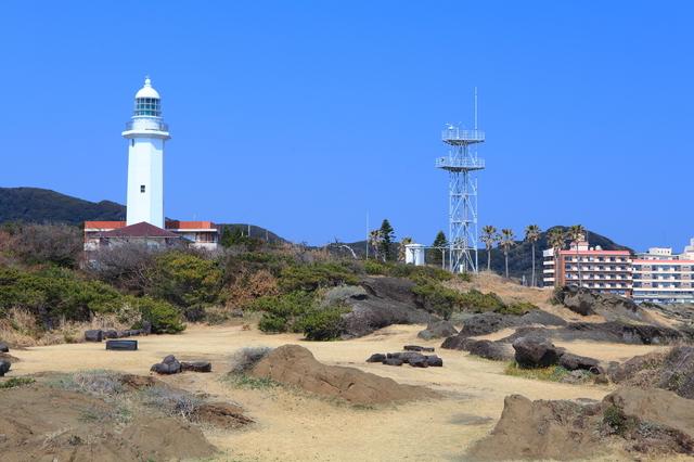 何度も修復された野島崎灯台