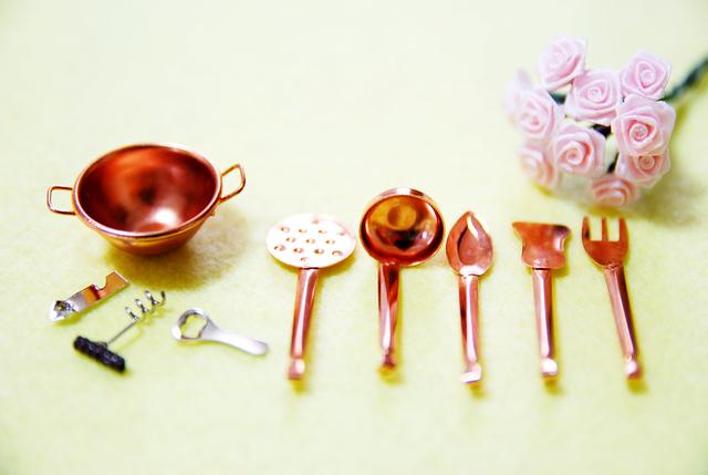 手作りの家具や雑貨で飾るのは素敵