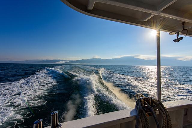 連絡船で青島へ
