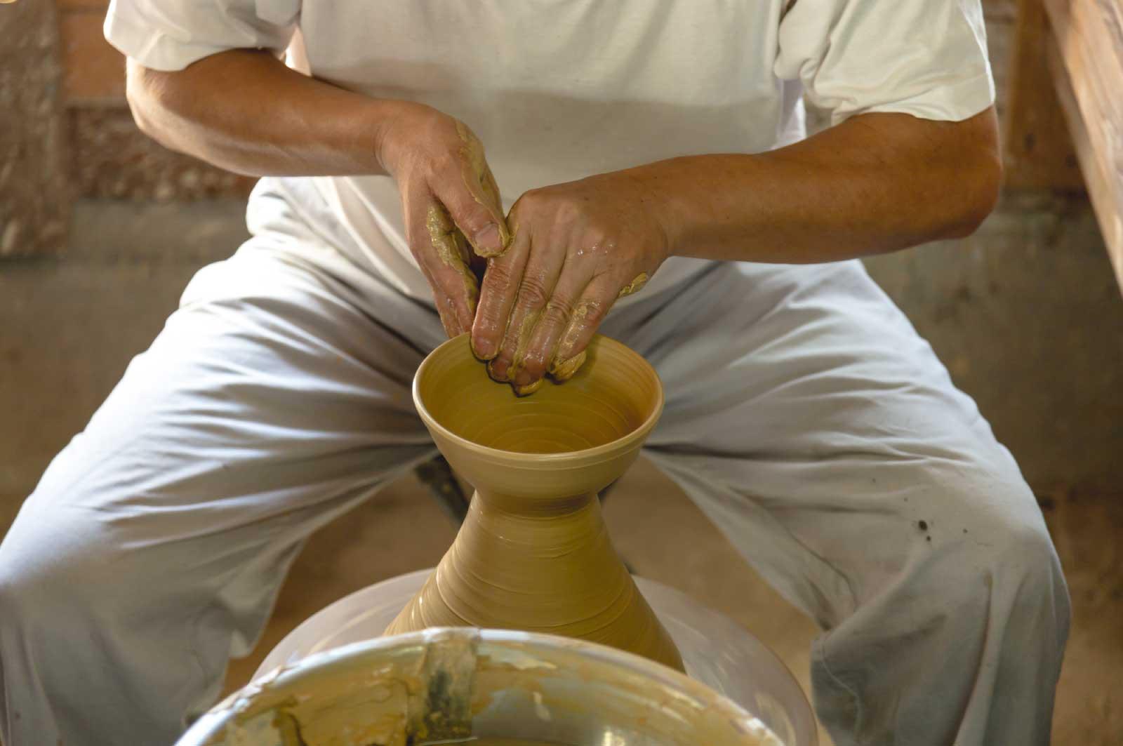 いっぱしの陶芸家、美術愛好家気取り