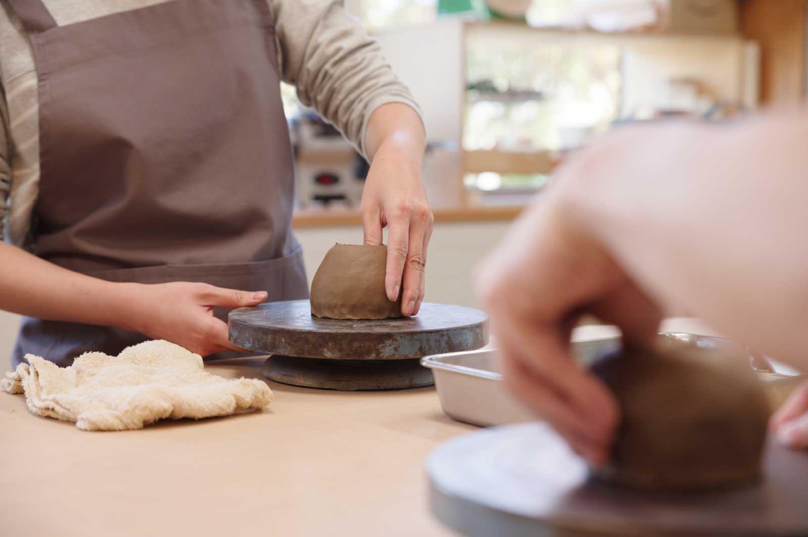 陶芸に関する施設やイベントなどにも足を運んで