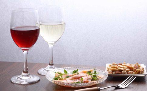 美味しいワインを安く飲める