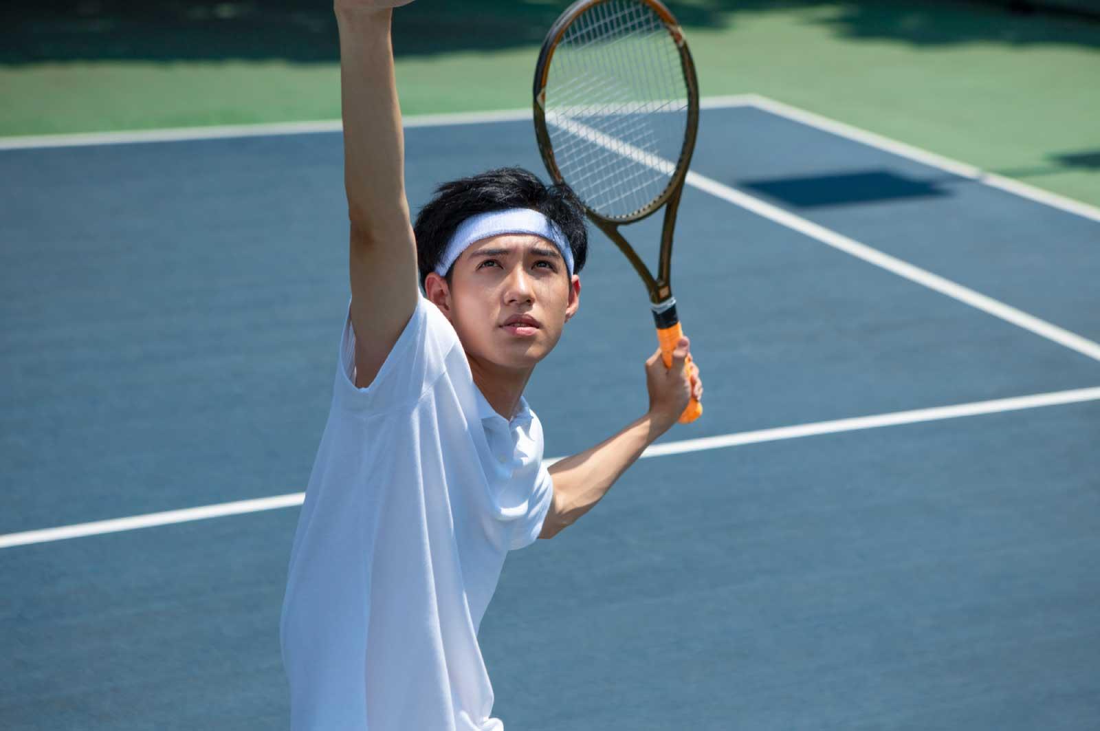 テニスサークルに参加