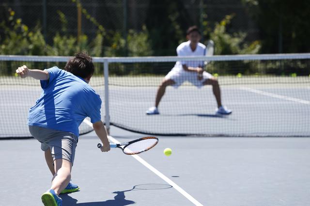 大学のテニスサークル