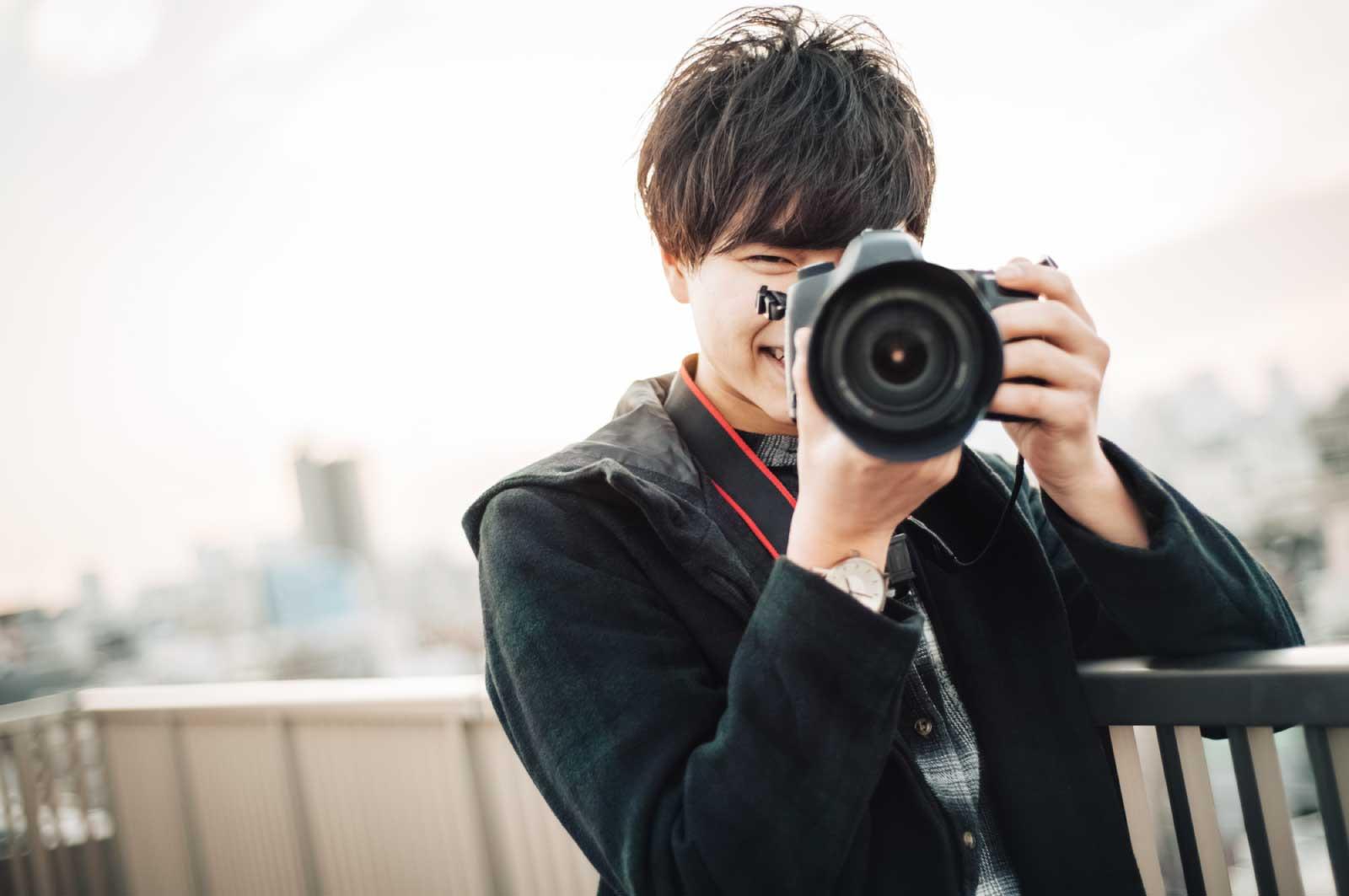 カメラマンを仕事としつつ
