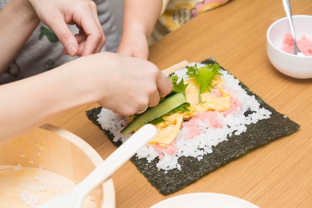 「お寿司握り」の体験教室