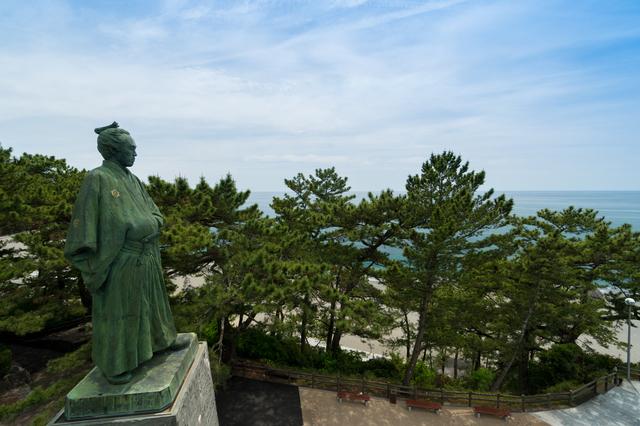 桂浜と坂本龍馬