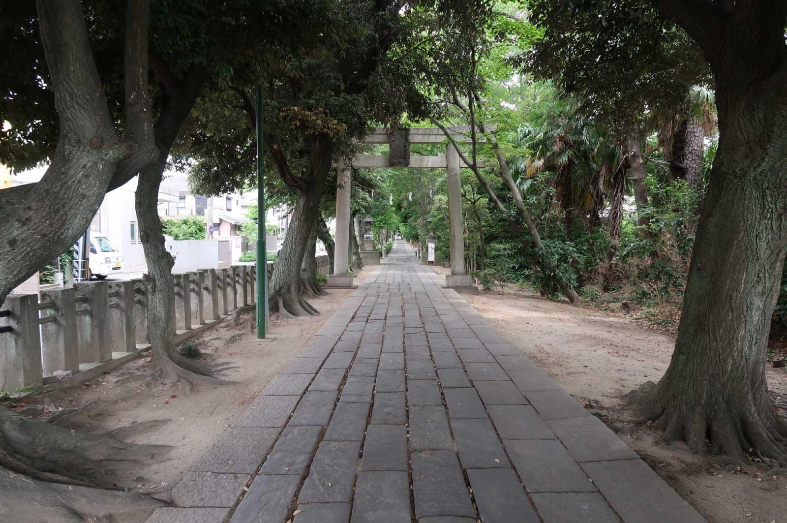 「旧官幣大社南洋神社鎮座跡地遥拝殿」も建立