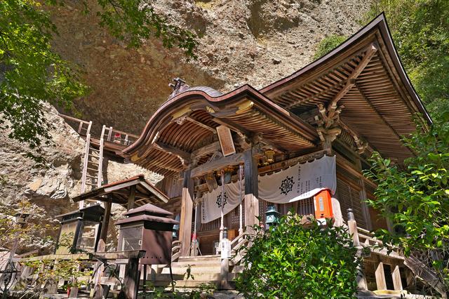 海岸山岩屋寺(松山)