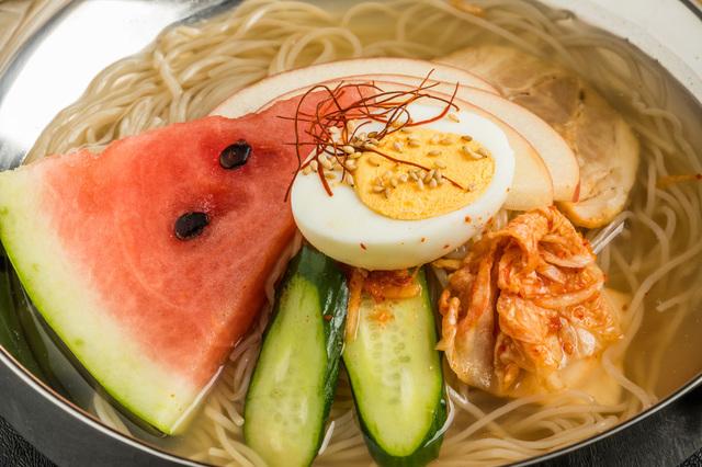 盛岡を代表する麺として有名な最後の1つが「冷麺」