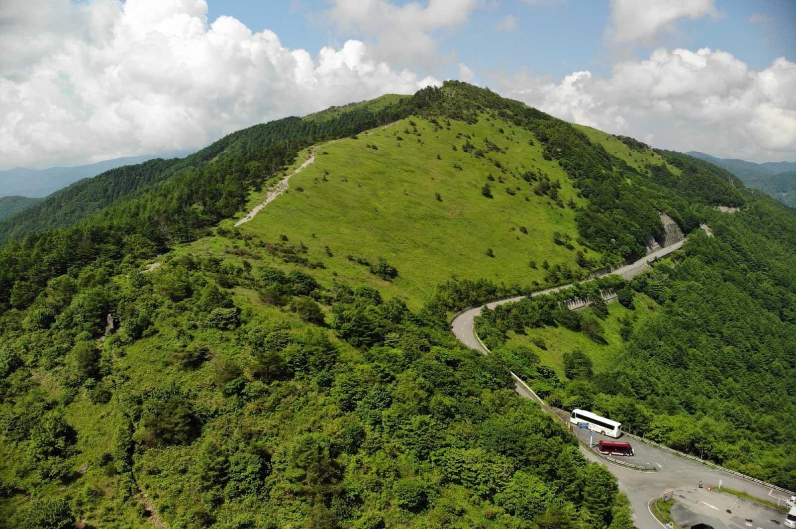 長野県茅野市から上田市までをつなぐ、全長76kmにも及ぶ、複数の市・国道がつながる道路