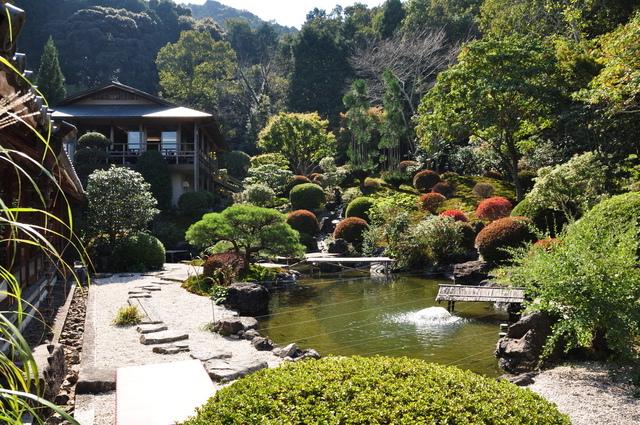 奥殿陣屋(蓬莱の庭)