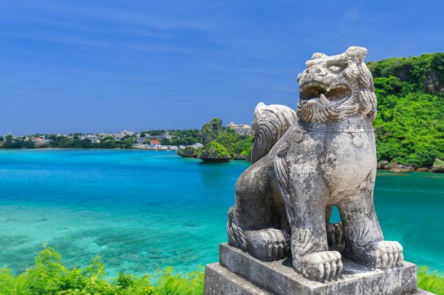 沖縄とシーサー