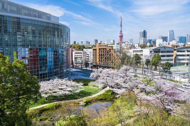 東京タワーと毛利庭園