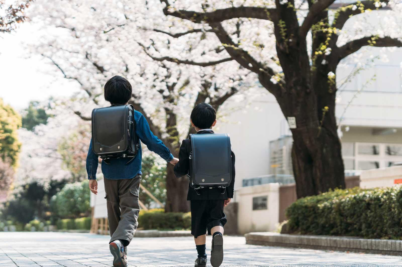 息子が2人とも小学校に通い始めた