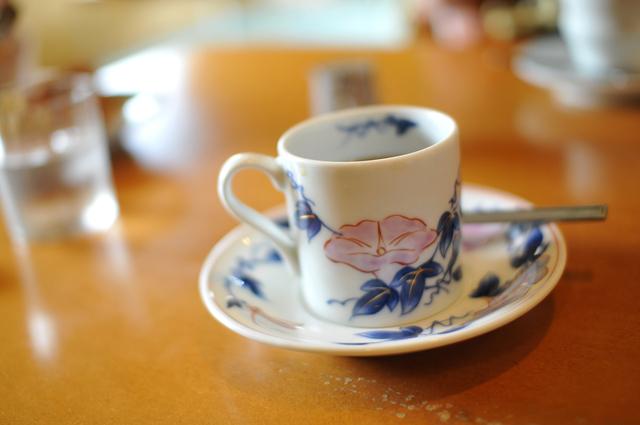 有田焼のコーヒーカップ