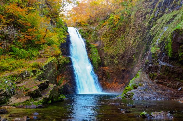 「秋保大滝」は日本三名瀑のひとつとしても有名な滝