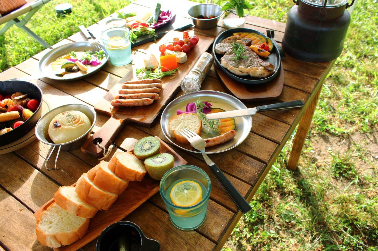 キャンプの食事