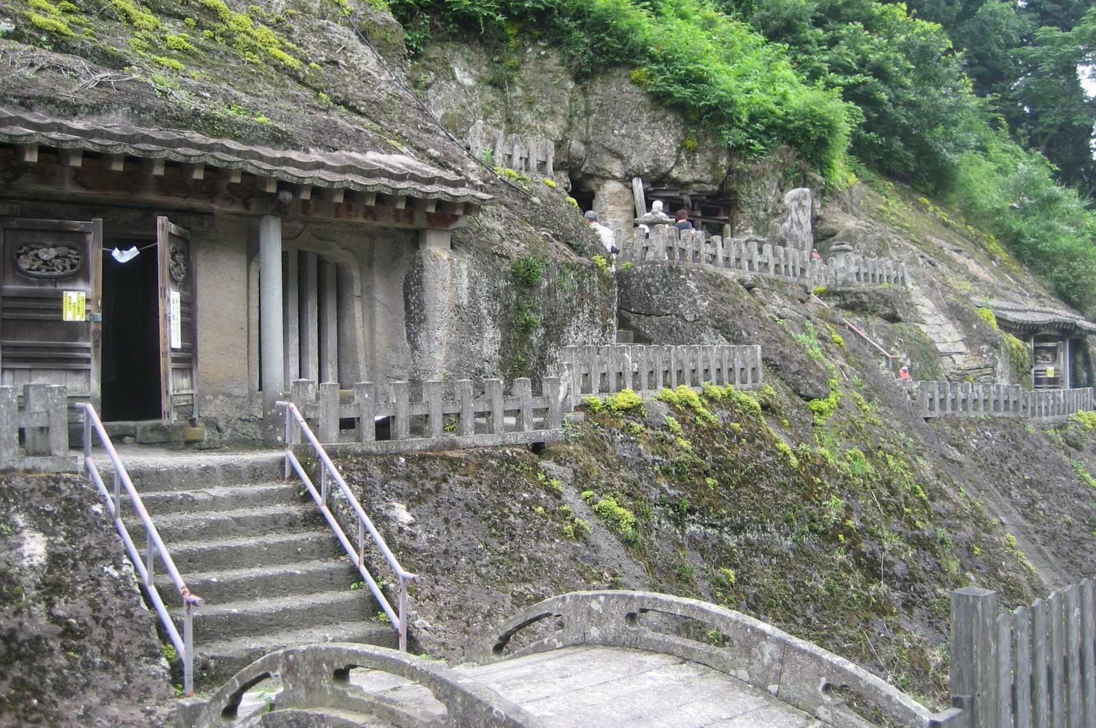 石見銀山に建てられたお堂