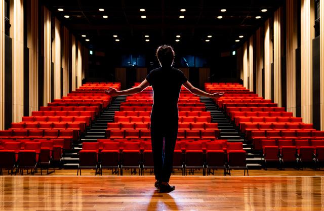演劇を勉強