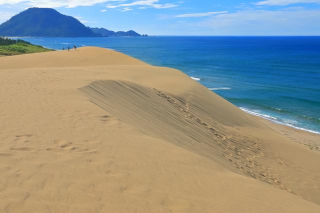 快晴の鳥取砂丘