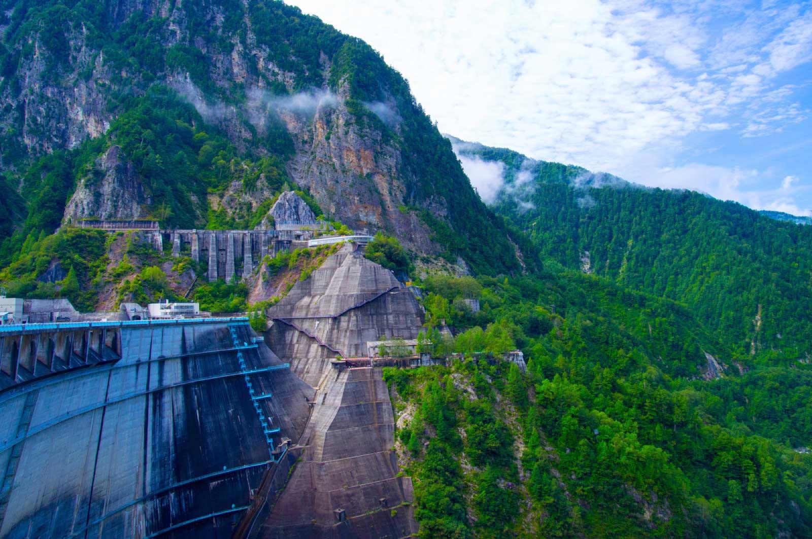 黒部ダム周辺の山をトレッキングv