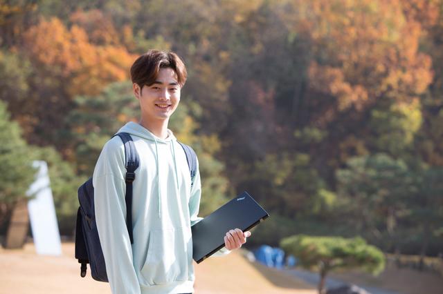 神戸市出身の21歳の大学生