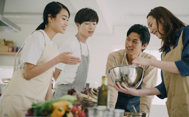 男性も多い料理教室