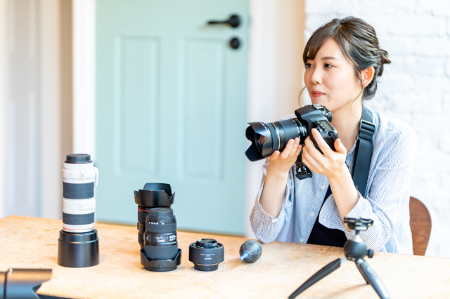 カメラを趣味にする女性