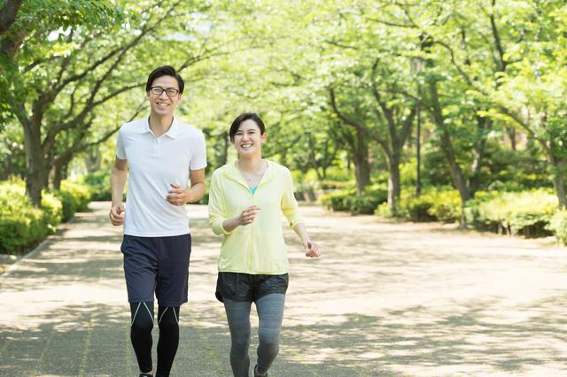 夫婦でジョギング