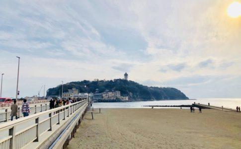 橋を渡って江ノ島へ