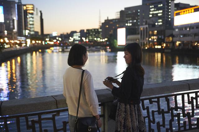 市外の友人が、福岡にやって来る